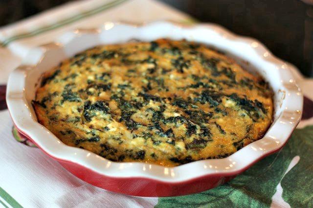 gluten free quinoa and kale crustless quiche. The perfect vegetarian brunch dish!
