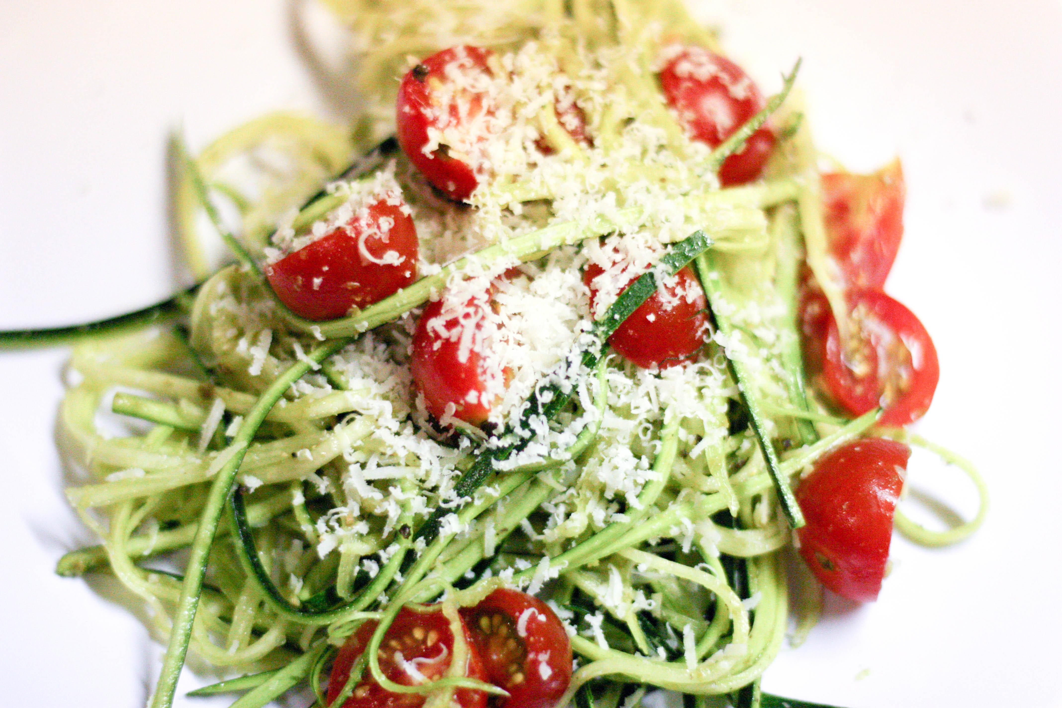 Raw zucchini pasta 2