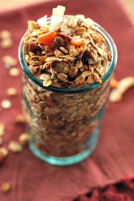 Apricot granola1