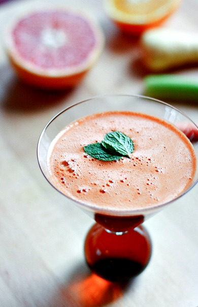juicing is a great way to start the year! Detox friendly and delicious!
