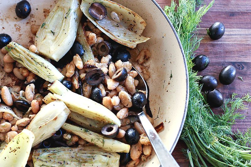 Fennel with black olives and white beans
