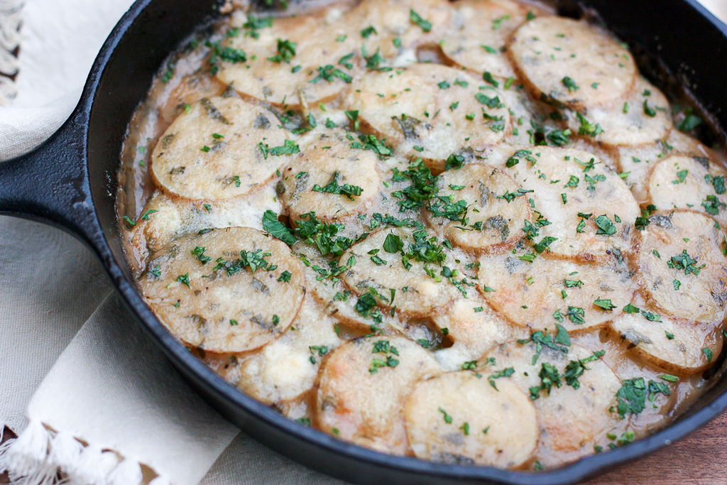 Healthy scalloped potatoes recipe using veggie broth
