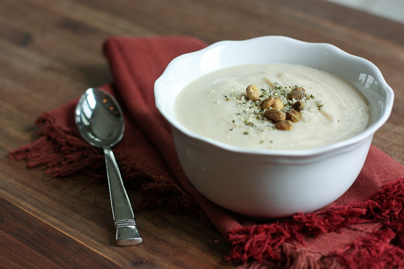 cauliflower soup with pistachios