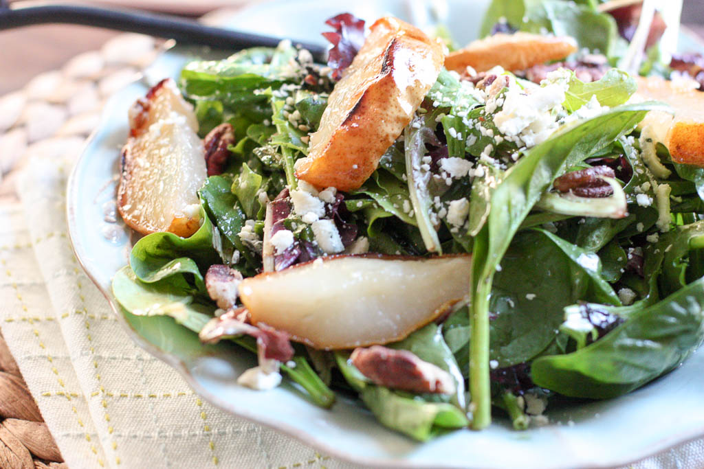 Spinach Salad with Baked Pears